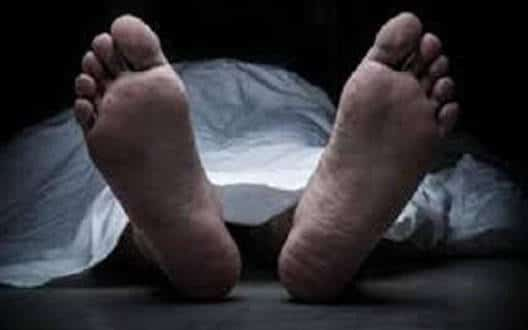 सरकारी अस्पताल के कर्मचारी की हुई मौत, डाक्टर की लापरवाही का लगा आरोप