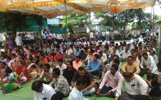 सरकारी कर्मचारियों की हडताल से कामकाज प्रभावित