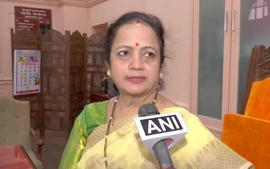 शिवसेना ने पूरा किया अपना वादा, BMC कर्मचारियों को 10 रूपए ने भरपेट खाना