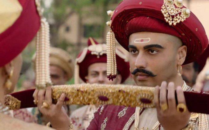पानीपत :आशुतोष गोवारिकर की मेहनत रंग लाई, मराठों की संघर्ष गाथा को मिले है इतने स्टार