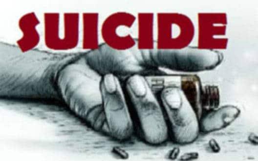 दो नाबालिग लड़कियों ने की आत्महत्या