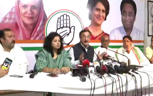 Congress condemns increase in petrol and diesel prices in Delhi