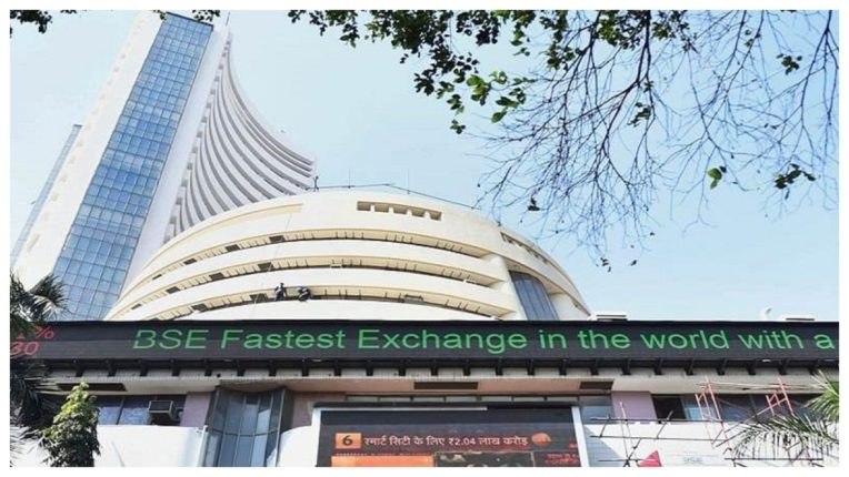 Market capitalization of 6 top 10 companies increased by Rs 1.03 lakh crore