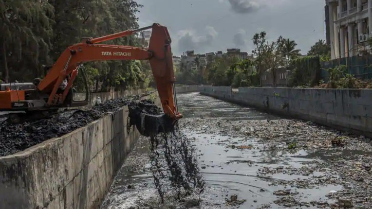 Citizens demand cleaning of pre-monsoon drains