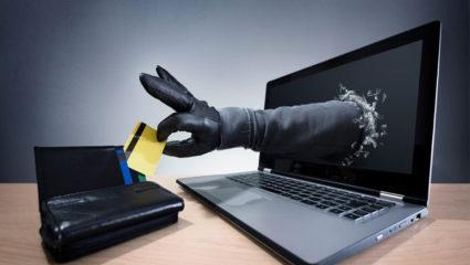 डेबिट कार्ड अनब्लॉक करने के बहाने युवती से 1 लाख रुपए की ठगी