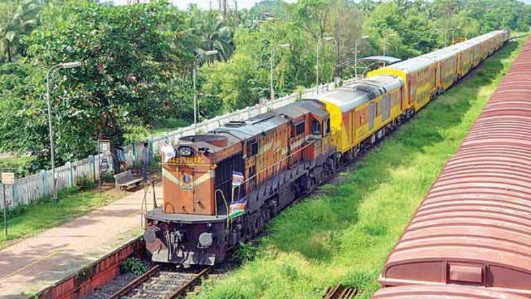 मुकांबिका रोड और कुंडापुरा स्टेशनों पर ट्रेनों के ठहराव को मंजूरी