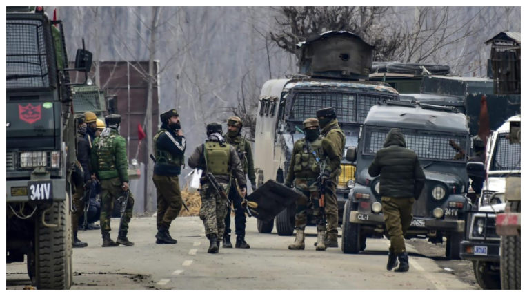 Pakistani army opened fire in forward areas in Poonch in Jammu and Kashmir