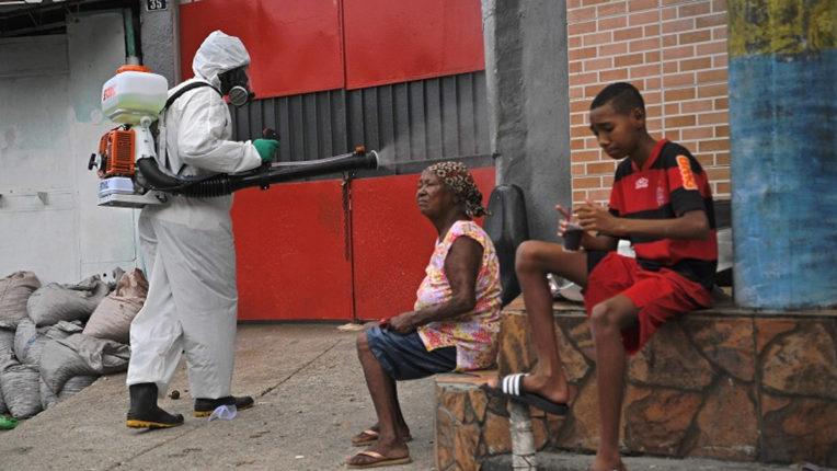 ब्राजील में कोविड-19 संक्रमण के मामलों की संख्या 3,30,890 हुई रियो डी