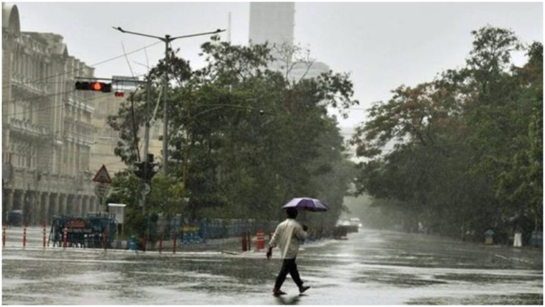Cyclone Amphan: Trouble in parts of Kolkata