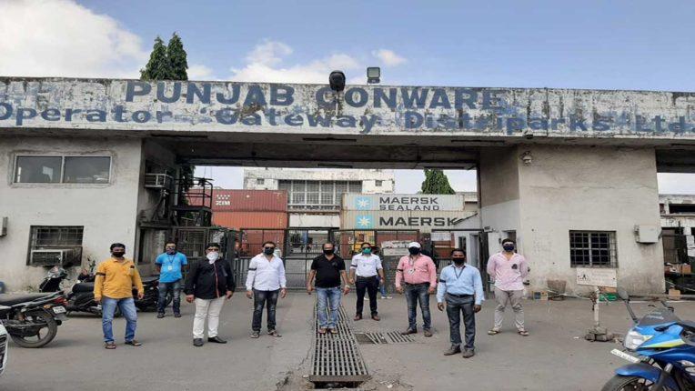 मोदी सरकार की नीतियों के खिलाफ इंटक का प्रदर्शन