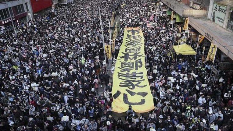 चीन ने हांगकांग के प्रदर्शनकारियों पर कार्रवाई के लिए भारत का समर्थन मांगा