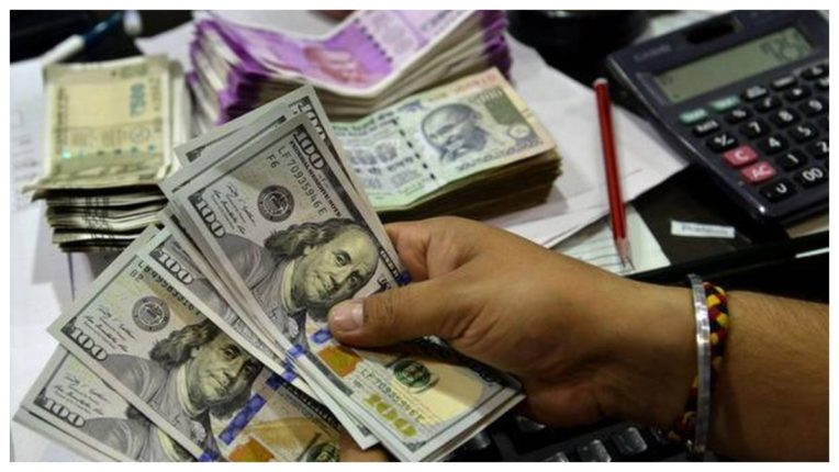 Rupee strengthens 10 paise against US dollar in early trade