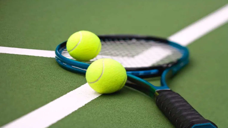 spanish-tennis-player-banned-for-4-years-for-courtsiding