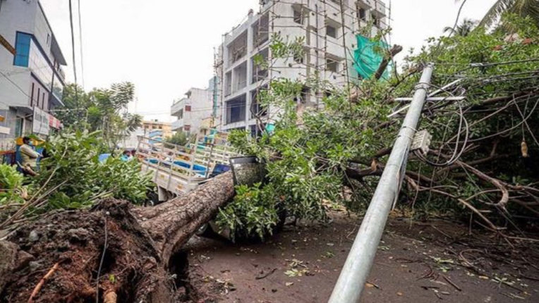 Bengal, Odisha hit by cyclone Amfan, three killed, 6.5 lakh transported to safe places