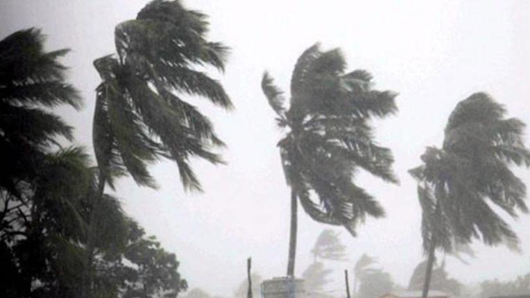 'अम्फान' ओडिशा तट के करीब पहुंचा, कुछ हिस्सों में बारिश