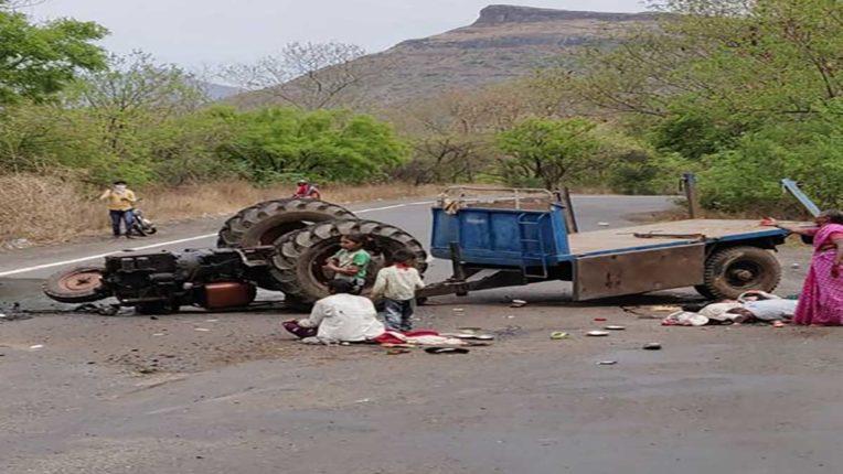 ट्रैक्टर दुर्घटना में पति, पत्नी, बच्चे सहित 4 की मौत