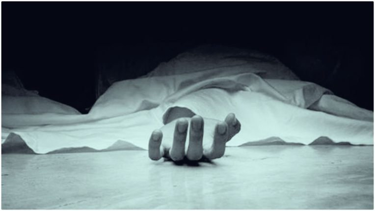 Farmers and sweepers committed suicide in two districts of UP