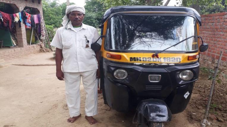 मुंबई लौटना चाहते हैं हजारों टैक्सी व ऑटो रिक्शा ड्राइवर