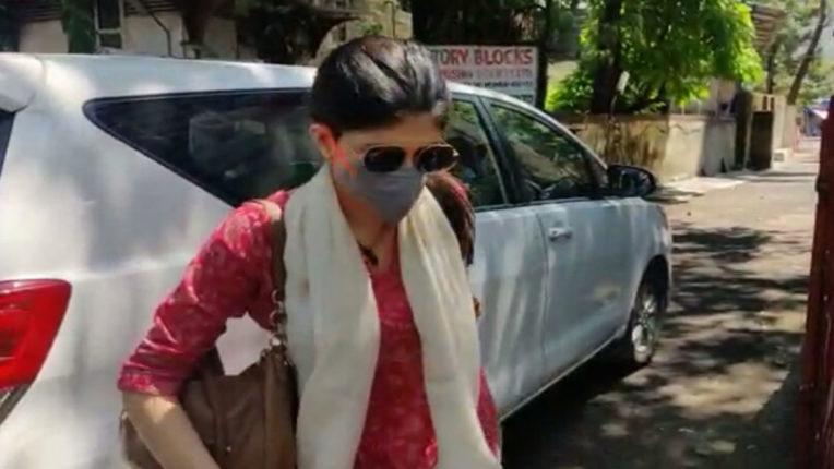 सुशांत सिंह राजपूत सुसाइड केस : अभिनेत्री संजना सांघवी से कई घंटे हुई पूछताछ