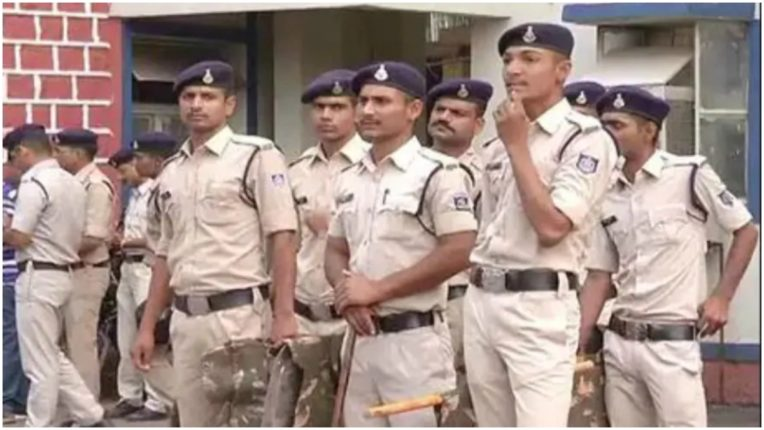 Madhya Pradesh Police arrests one and a half lakh prize accused from Gujarat, may cause 'Honey Trap' case