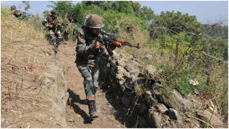 Pakistan violates ceasefire and shells in Machil sector