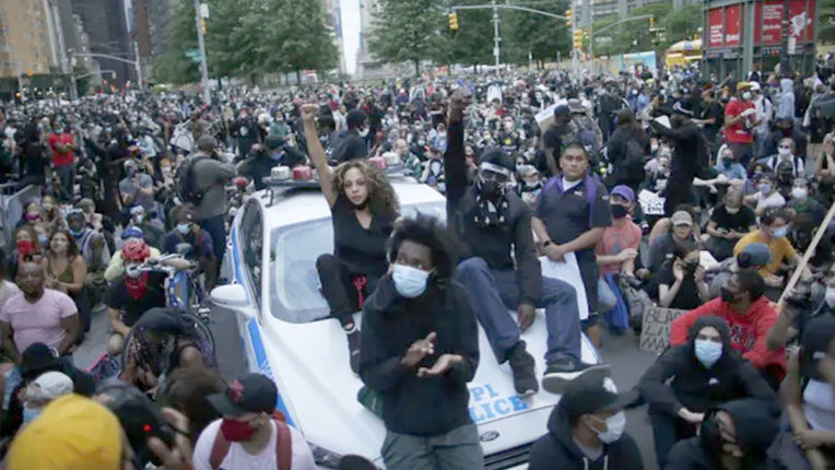 People protested in many big cities of America violating curfew