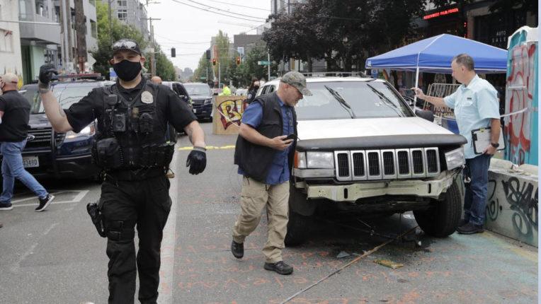 सिएटल में प्रदर्शन क्षेत्र में चली गोली, एक की मौत