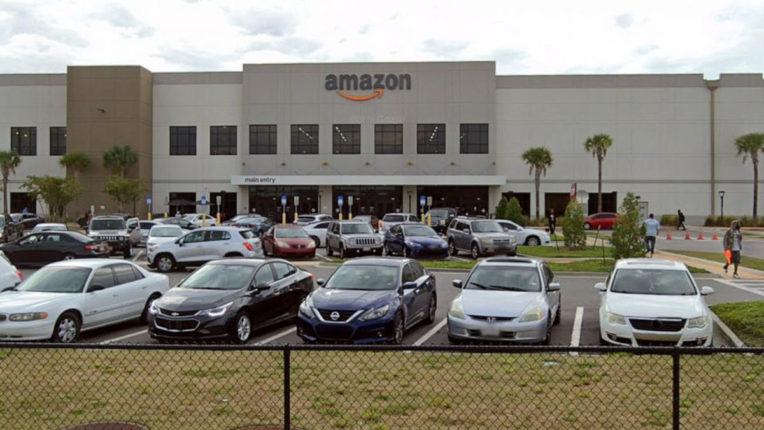 अमेरिका में Amazon के गोदाम में गोलीबारी में एक की मौत,दो घायल