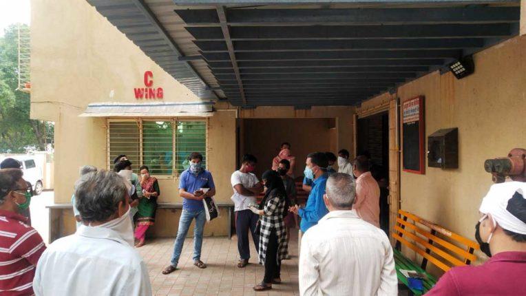 ग्राहकों को बिजली के बिल समझाने उपभोक्ता शिविरों आयोजन