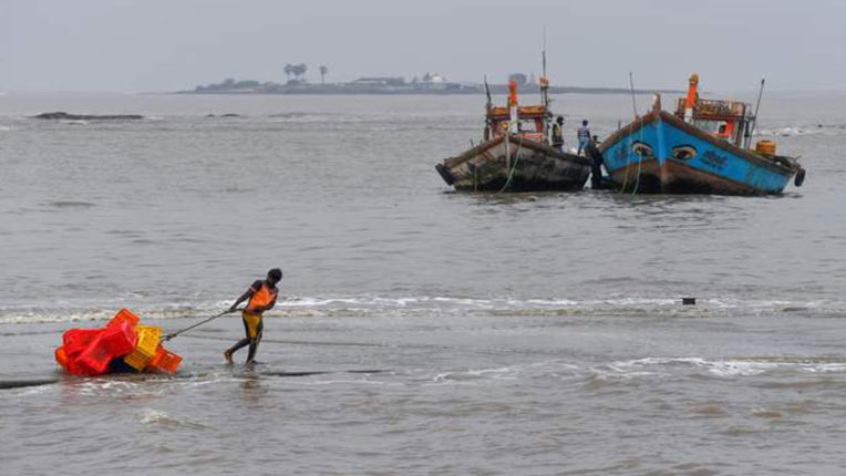 All boats returned to shore in view of cyclone 'Nisarg'