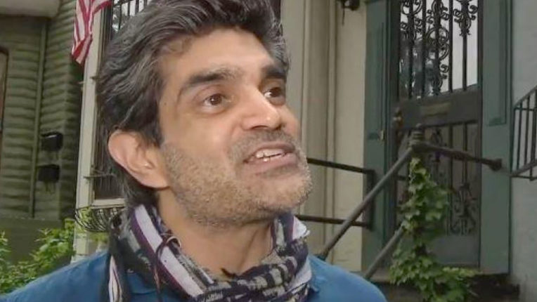indian-who-offered-shelter-to-70-us-protesters-hailed-as-a-hero