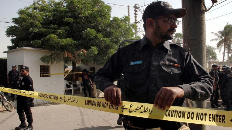 पाकिस्तान स्टॉक एक्सचेंज के पास ग्रेनेड हमला, दो लोगों की मौत