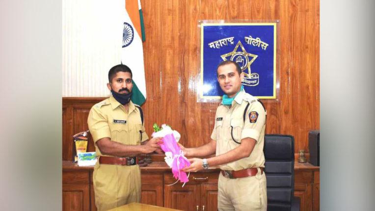 SP Sridhar takes charge, Gavkar's Amravati transferred