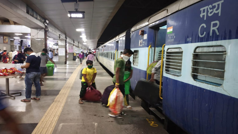 राज्यों ने 256 श्रमिक स्पेशल ट्रेनें रद्द कीं ; महाराष्ट्र, गुजरात, कर्नाटक, उप्र सबसे आगे रहे
