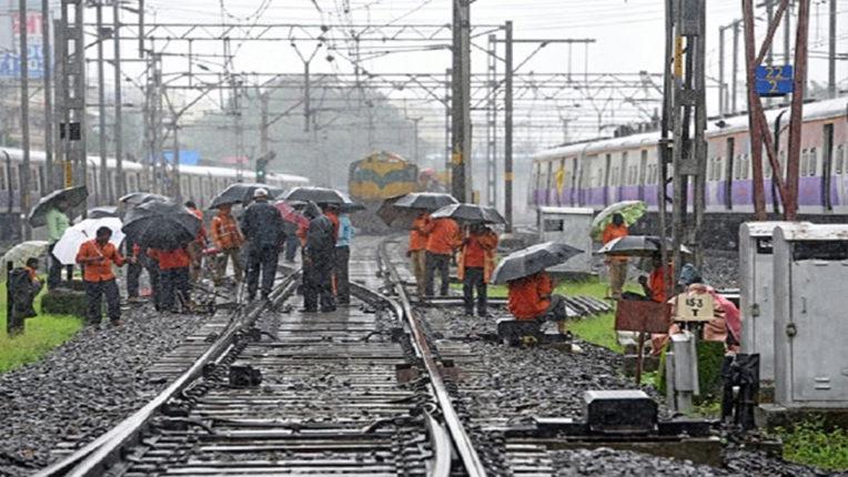 बोरीवली-गोरेगांव स्टेशनों के बीच जम्बो ब्लॉक