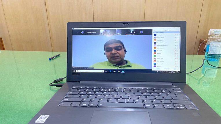 अब यह लड़ाई ऑल वर्सेस कोरोना : मनपा आयुक्त