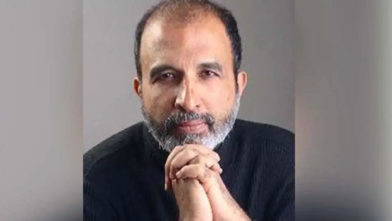Sanjay Jha suspended from Congress