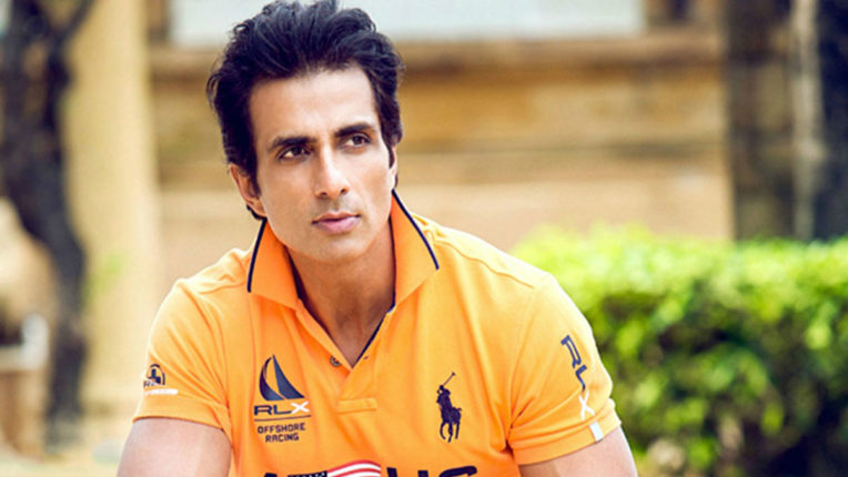 actor-sonu-sood-bollywood-to-help-students-ias-institute