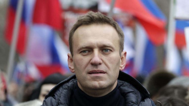 European Union bans six Russian officials for poisoning Navalny