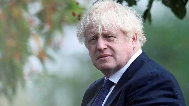 Pressure on Boris Johnson for temporary complete lockdown
