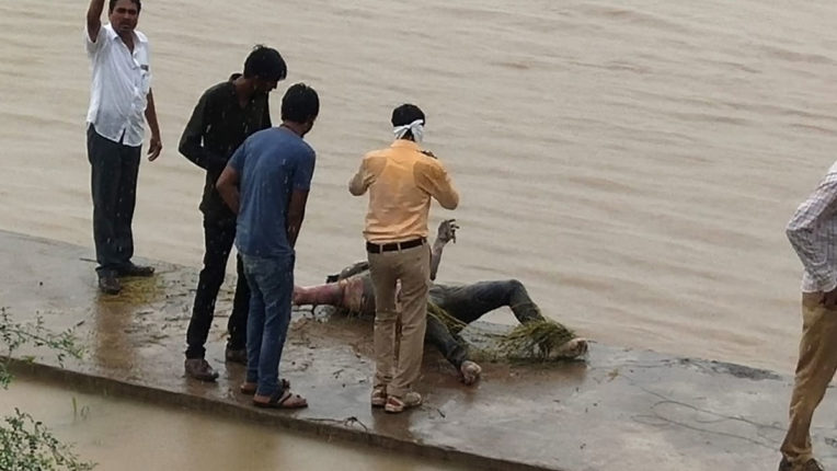 Dead body of young man found in Wardha river on third day