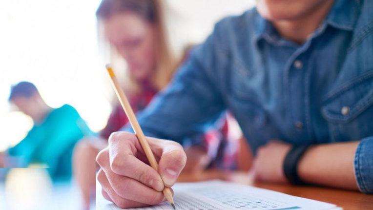 अंतिम वर्ष की परीक्षा में कोई अड़चन नहीं