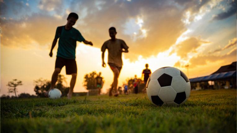 अफ्रीका में फुटबॉल की वापसी में वायरस ने डाला खलल