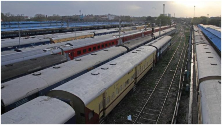Loss of Rs 42 lakh due to less passengers traveling in some labor trains: Maharashtra government