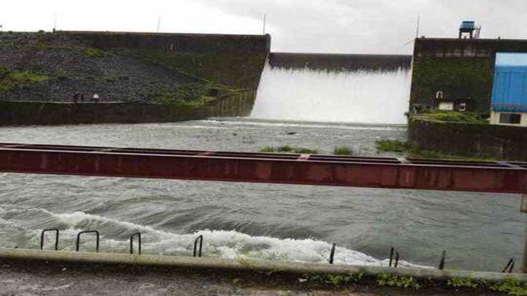 जिले के बांधों में 50 % जल भंडारण