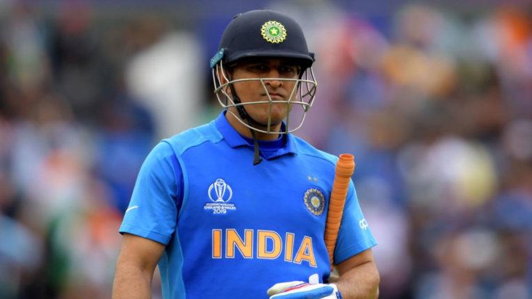 कौन लेगा धोनी की जगह 'टीम इंडिया' में ?
