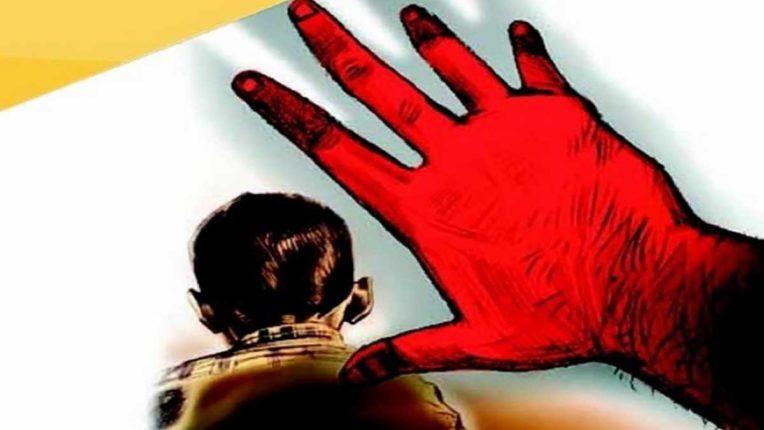 युवती को दी अपहरण की धमकी