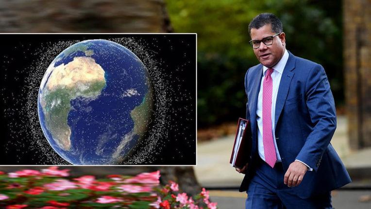 ब्रिटेन अंतरिक्ष के कचरे से निपटने पर करेगा 10 लाख पौंड का निवेश