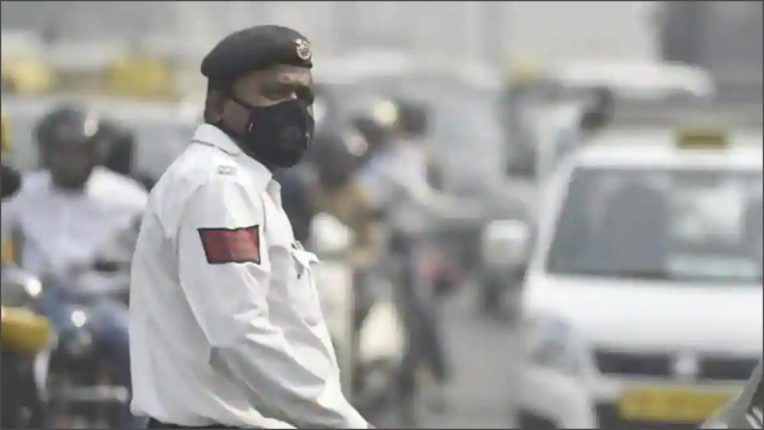 Challan in High Court challenged for not applying mask