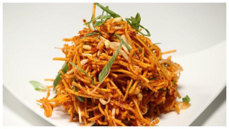 इस विधि से घर पर ही बनाएं स्वादिष्ट चायनीज़ भेल